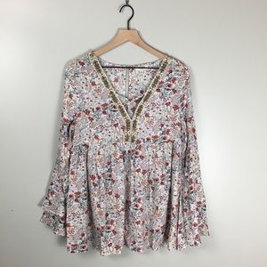 Umgee Floral Peasant Top With Beaded Neckline Med